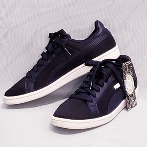 Puma Smash knit sneakers size 8.5 mens/10 women's